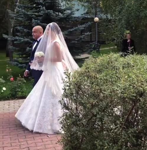 мнению фото участников городской свадьбы существует